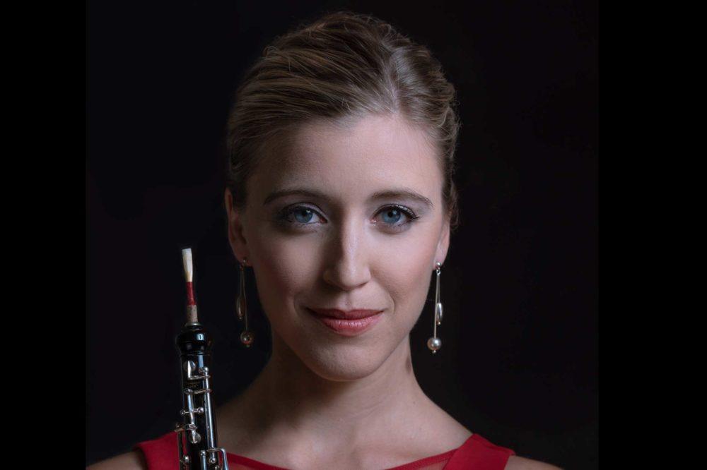 Claire Brazeau, Oboe